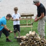 BWS-Rhein-Neckar GmbH feiert das Sommerfest 2012 mit Holz hacken